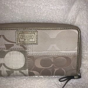 Coach Logo Patch Continental Wallet